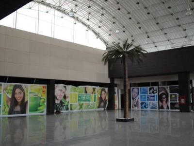 Acabados internos en Centro comercial Plaza Centella