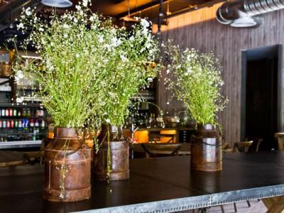 Decoración de mesas del restaurante del Museo Rufino Tamayo