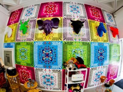Mural de colores en la tienda del Museo Rufino Tamayo